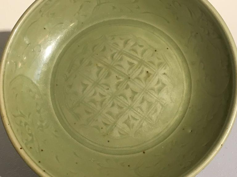 Ming Dynasty Longquan Celadon Dish with Geometric Design, 15th Century In Good Condition For Sale In Austin, TX