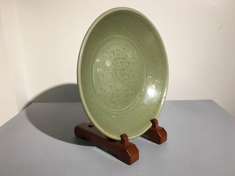 Chinese Ming Dynasty Longquan Celadon Dish with Geometric Design, 15th Century For Sale