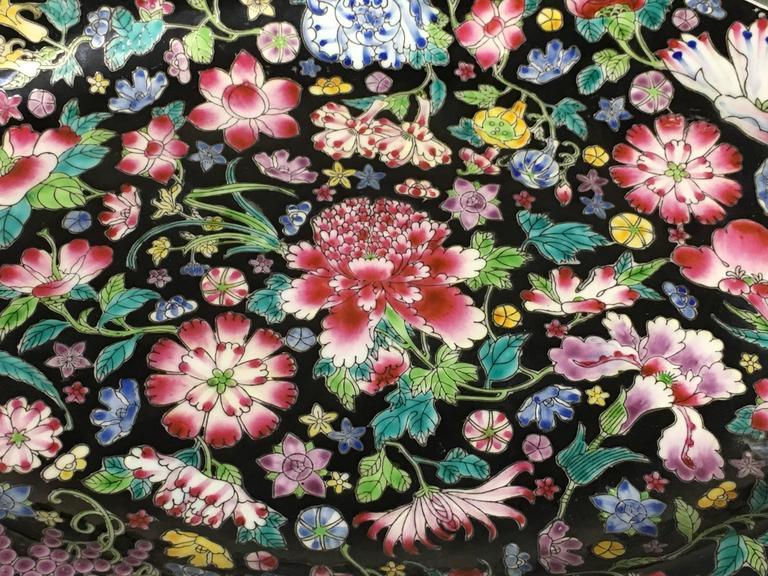 Enameled Chinese Famille Noir Mille Fleur Assembled Service For Sale