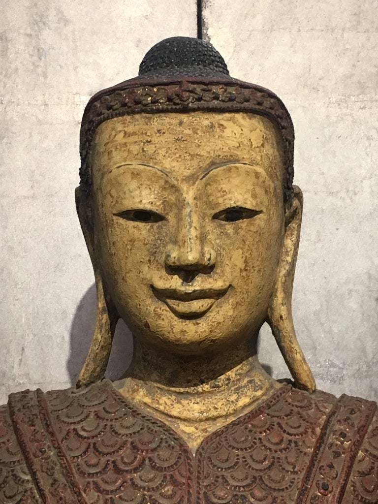 Life-Sized Burmese Dry Lacquer Buddha in Royal Attire, Early 20th Century For Sale 2