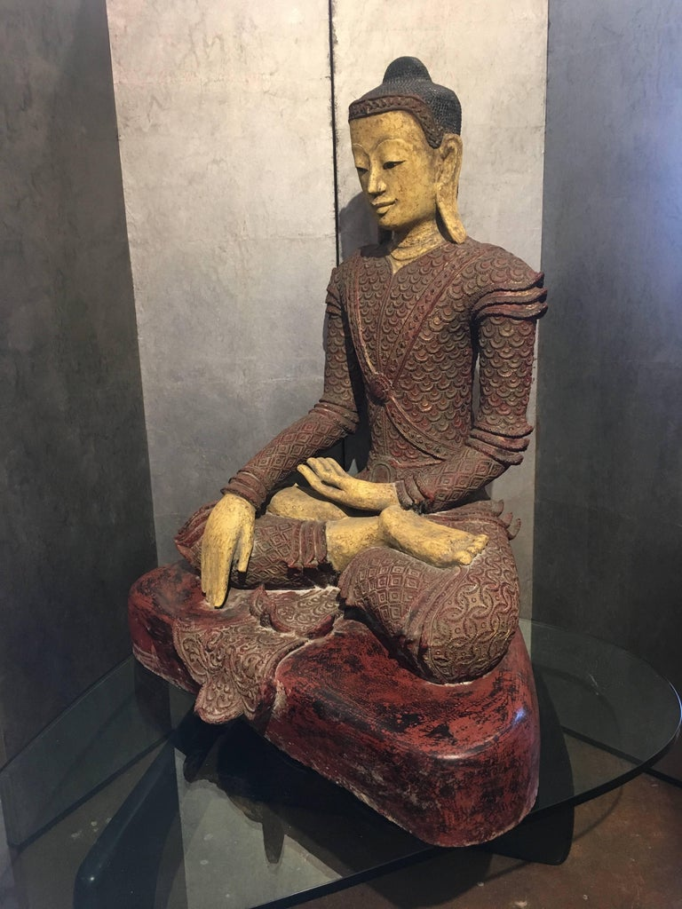 Gilt Life-Sized Burmese Dry Lacquer Buddha in Royal Attire, Early 20th Century For Sale
