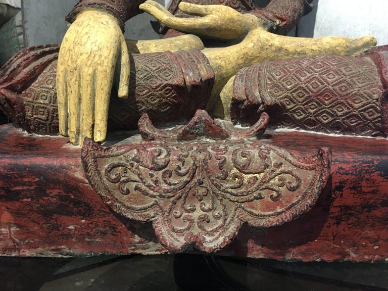 Life-Sized Burmese Dry Lacquer Buddha in Royal Attire, Early 20th Century For Sale 5