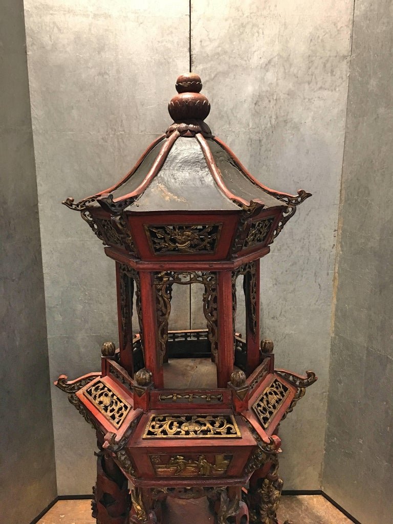 Large Chinese Lacquered and Gilt Wooden Model of a Pagoda or Pavilion In Good Condition For Sale In Austin, TX