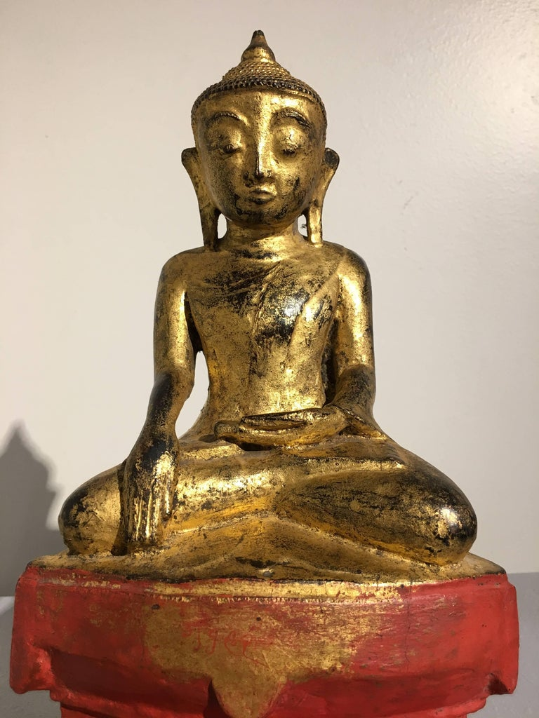 Shan Burmese Lacquered and Gilt Wood Buddha, Ava Period, 18th Century For Sale 1