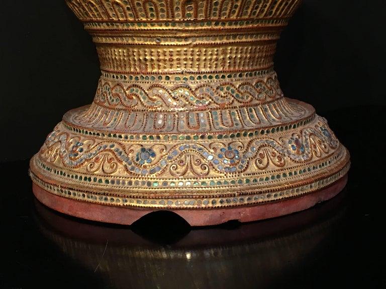 Mandalay Period Burmese Gilt Lacquer Offering Vessel, Hsun-Ok, circa 1900 For Sale 1