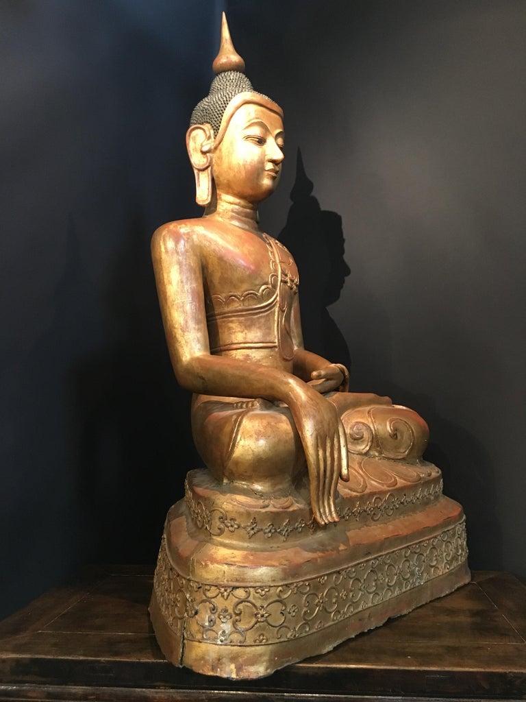 Life-Sized Shan Burmese Gilt Lacquer Papier Mâché Buddha, circa 1900 In Fair Condition For Sale In Austin, TX