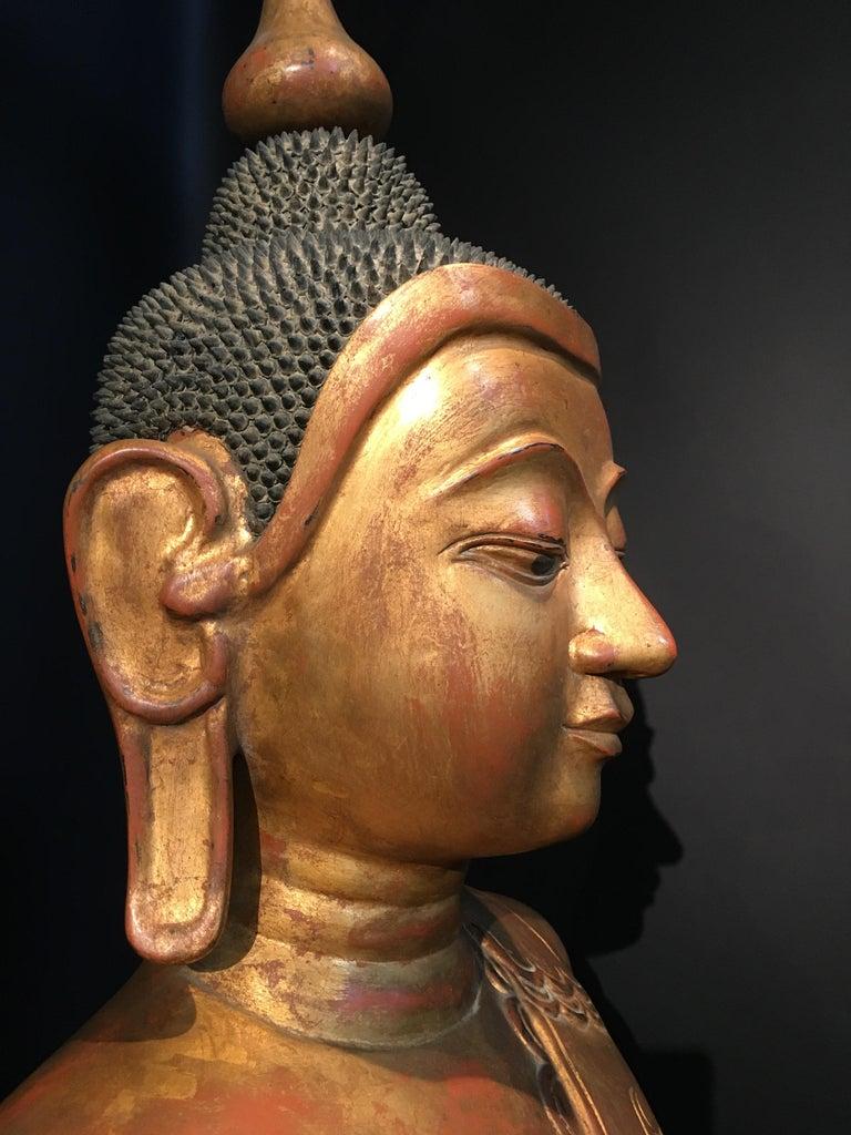 Life-Sized Shan Burmese Gilt Lacquer Papier Mâché Buddha, circa 1900 For Sale 4