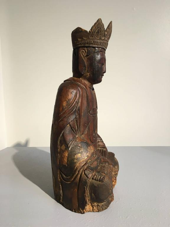 Gesso Chinese Ming Dynasty Carved Wooden Bodhisattva For Sale