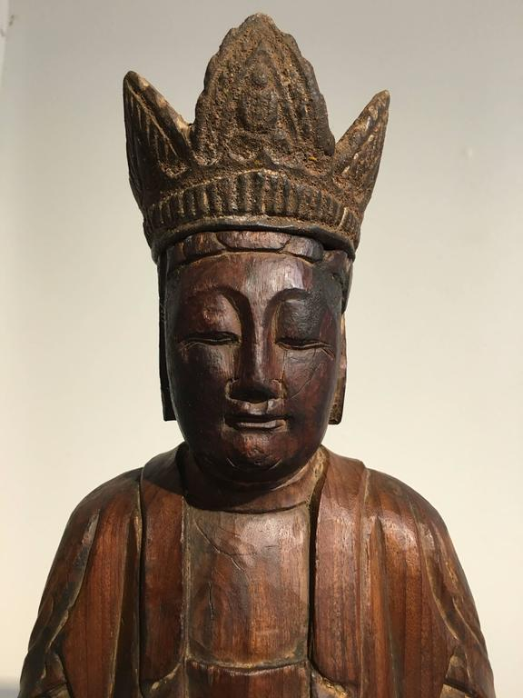 Chinese Ming Dynasty Carved Wooden Bodhisattva For Sale 2