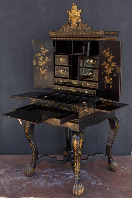 19th Century Chinoiserie Black Lacquer And Gilt Painted Vanity Cabinet On  Stand 2