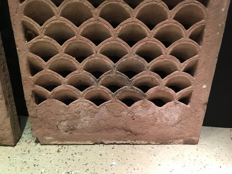 Pair of Antique Indian Carved Sandstone Jali Window Screens, Madhya Pradesh For Sale 2