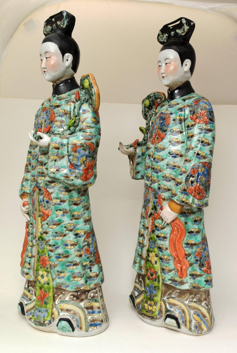 Pair of Chinese Porcelain Nodding Sculpture of Court Ladies For Sale 1