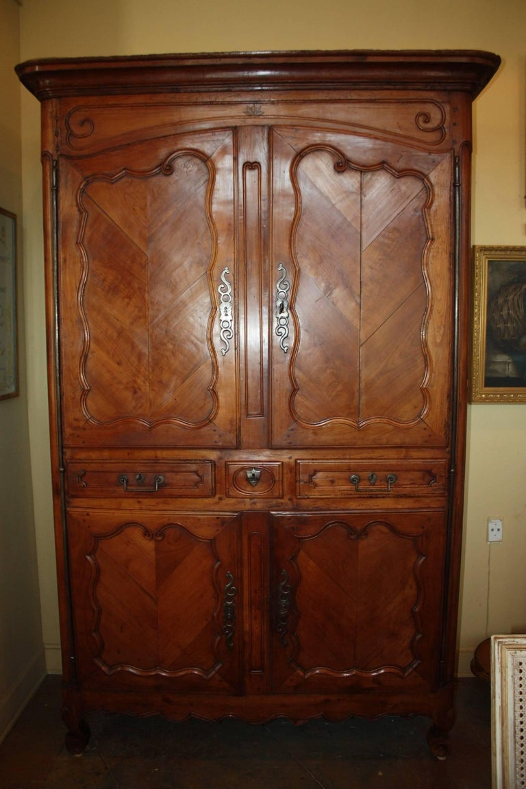 19th century french louis xv cherry armoire pantalonniere. Black Bedroom Furniture Sets. Home Design Ideas