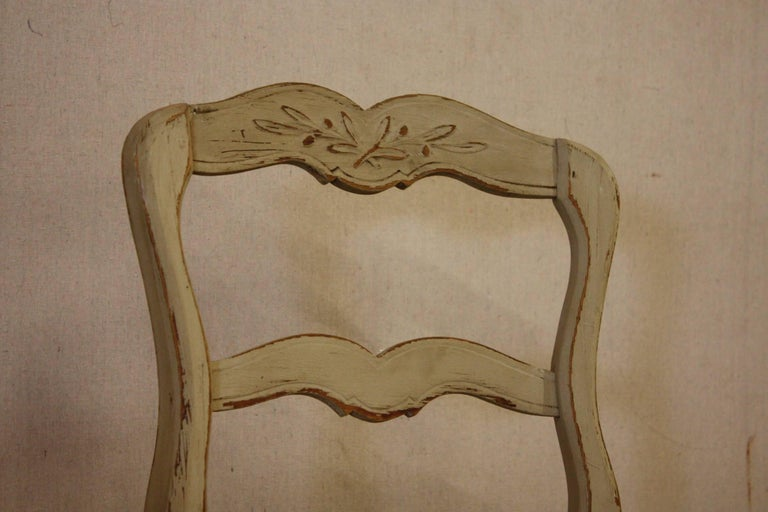 Set of Six French Painted Kitchen Dining Chairs with Rush Seats 4
