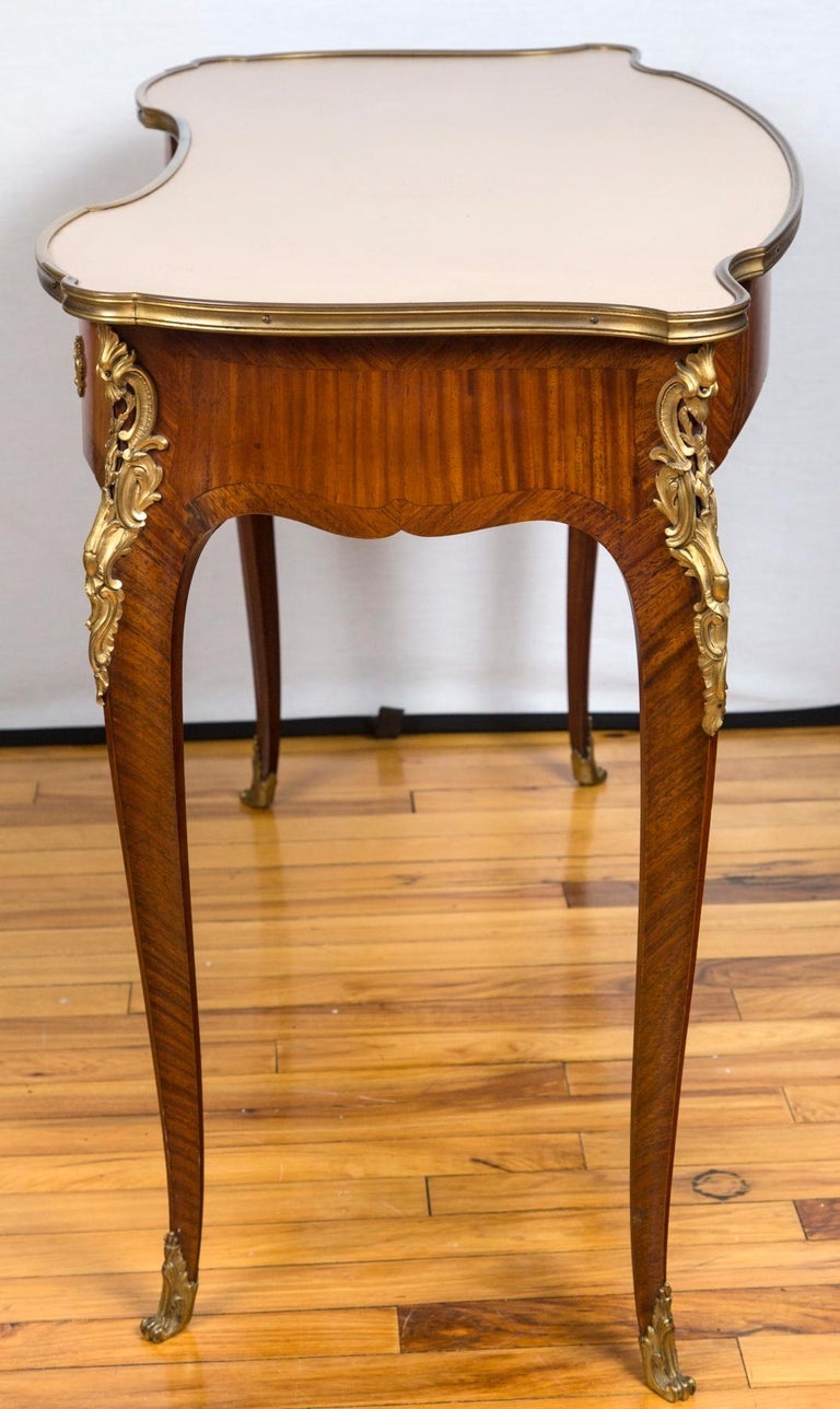 French Louis XV Style Gilt Bronze-Mounted Bois-Satiné Writing Table For Sale