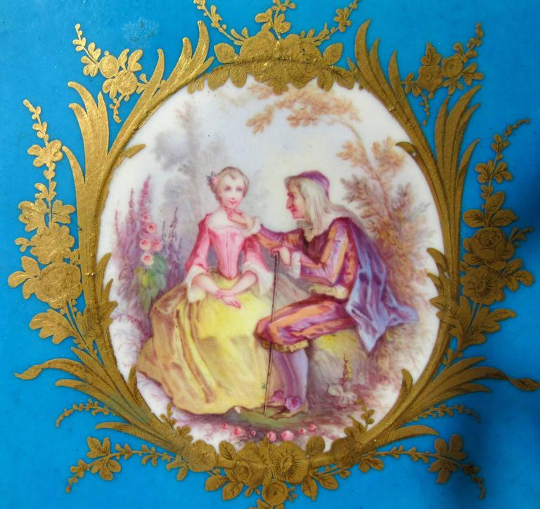 Rococo Pair of Early Sevres Bleu Turquoise Caisses a Fleur Carrees For Sale