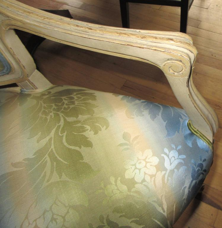 French Pair of Louis XV Style Corner Chairs For Sale