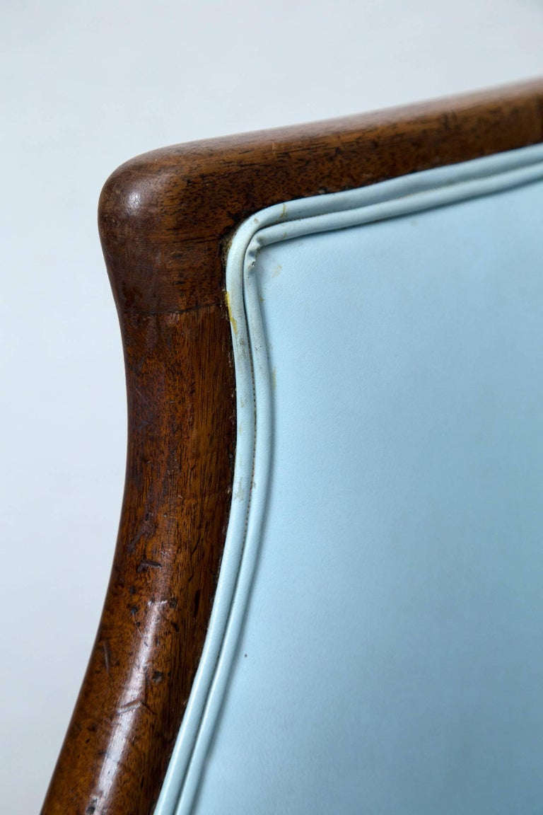 18th Century Hepplewhite Tub Chair For Sale at 1stdibs