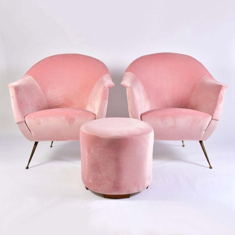 Italian 1950s Pale Pink Velvet Armchairs For Sale 2
