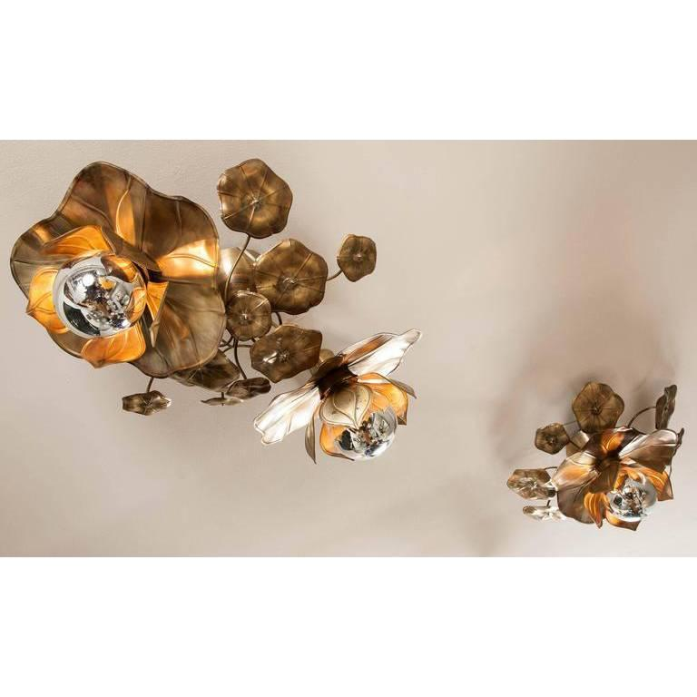 Lotus Flower Ceiling Lights In Excellent Condition For Sale In London, GB