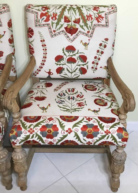 Charming American Pair Of Antique Suzani Armchair For Sale