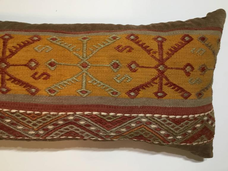 Flat-Weave Rug Fragment Pillow In Good Condition For Sale In Delray Beach, FL