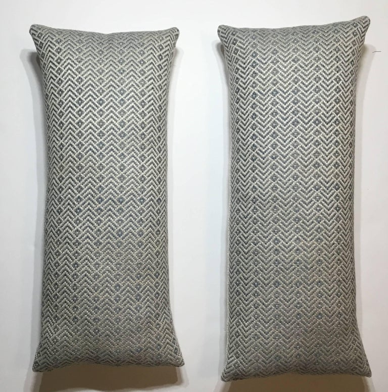 Pair of Geometric Motif Pillows In Excellent Condition For Sale In Delray Beach, FL