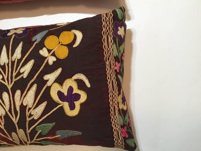 Azerbaijani Pair of Antique Suzani Pillows For Sale