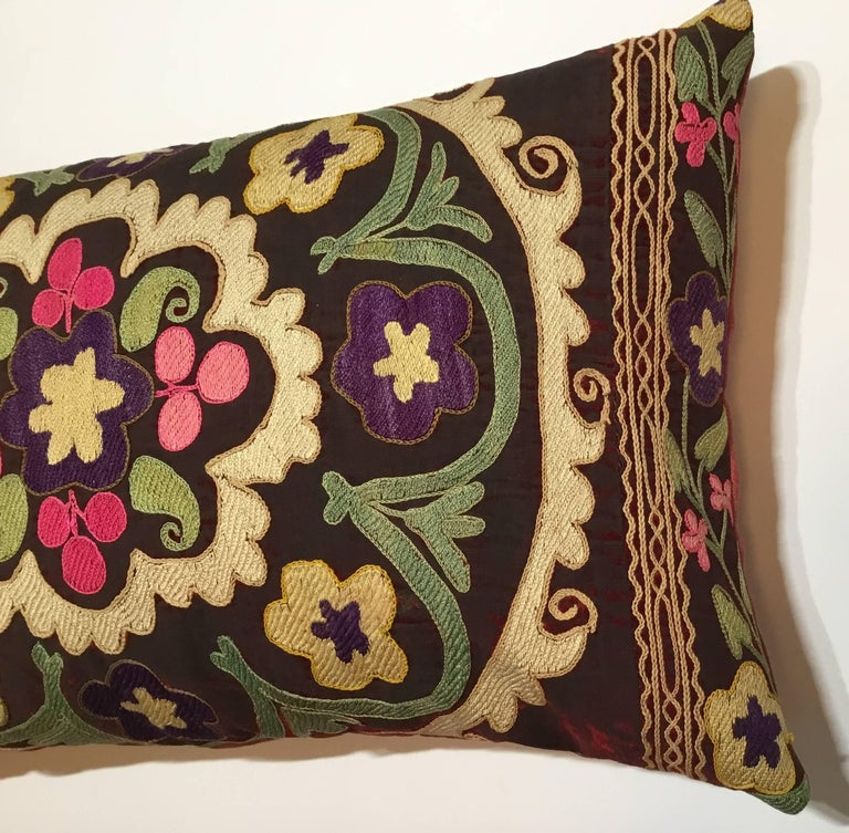 Pair of Antique Suzani Pillows For Sale 1