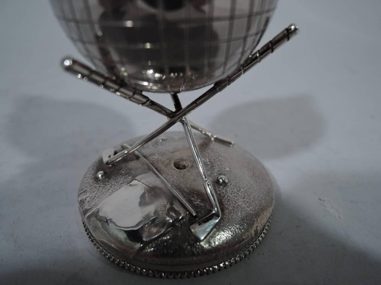 Classic Sterling Silver Golf Ball Cigar Lighter by Reed & Barton In Excellent Condition For Sale In New York, NY