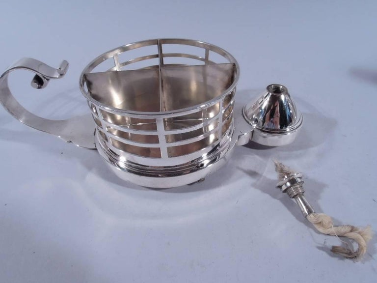 Antique English Sterling Silver Cigarette Cup and Lighter In Excellent Condition For Sale In New York, NY