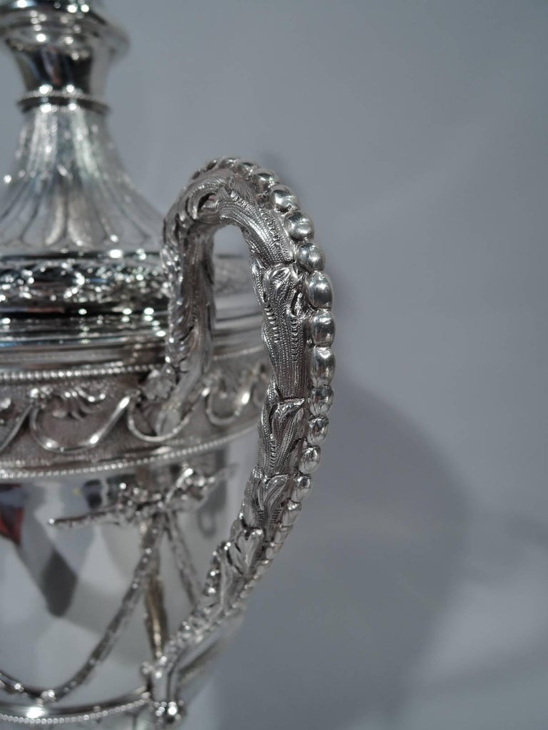 Antique English Neoclassical Sterling Silver Trophy Cup For Sale 1