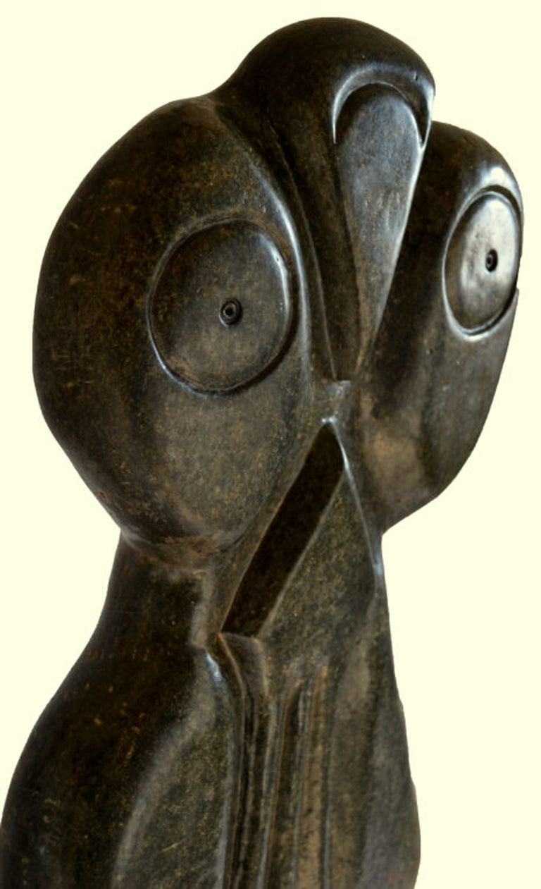 Malawian Bauden Khoreay's, carved Stone Sculpture of Owl, Malawi, Africa, circa 1970 For Sale