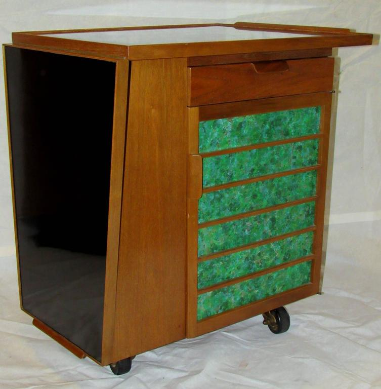 Mid-Century Modern Edward Wormley for Dunbar Bar Cart, Model 5433, circa 1953  For Sale