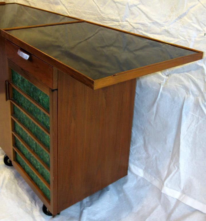 Mid-20th Century Edward Wormley for Dunbar Bar Cart, Model 5433, circa 1953  For Sale