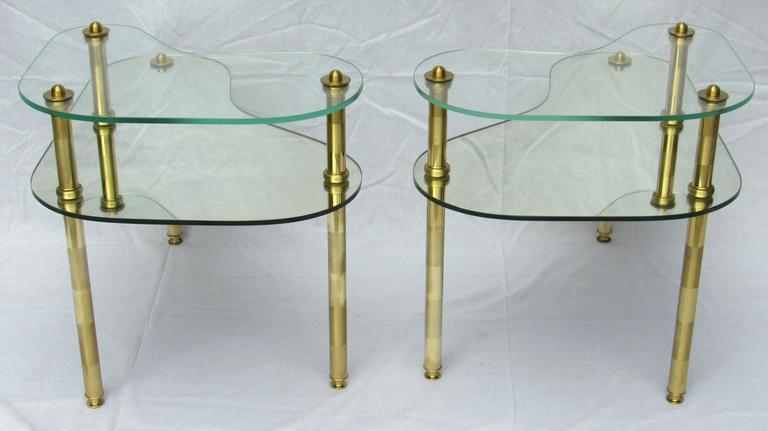 Mid-20th Century Pair of Chased Brass and Mirrored Glass End Tables from Semon Bache, 1959 For Sale