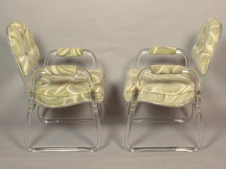 Mid-Century Modern Pair of Lucite Lounge Chairs Hill Industries , circa 1970 For Sale