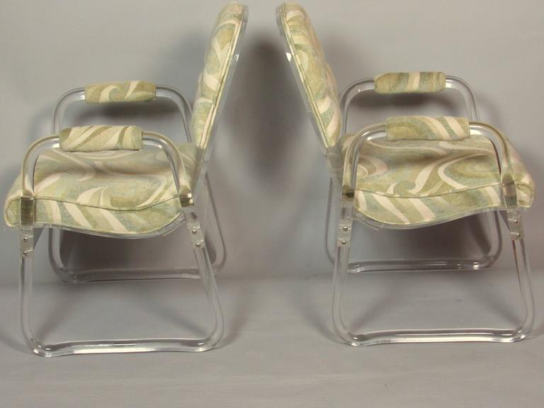 Pair of Lucite Lounge Chairs Hill Industries , circa 1970 In Good Condition For Sale In Camden, ME