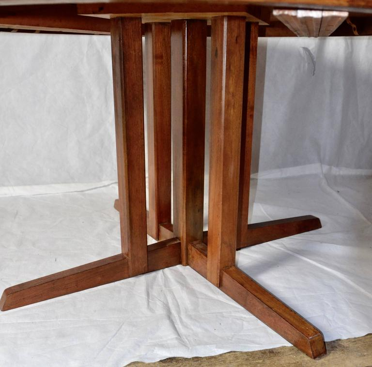George Nakashima Extendable Walnut Dining Table Model 277 for Widdicomb, 1961 In Excellent Condition For Sale In Camden, ME