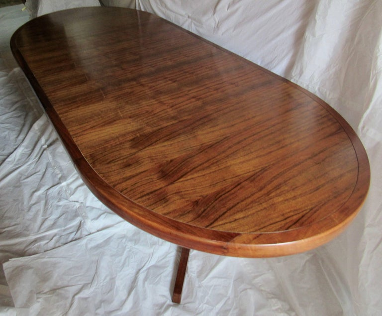 American George Nakashima Extendable Walnut Dining Table Model 277 for Widdicomb, 1961 For Sale