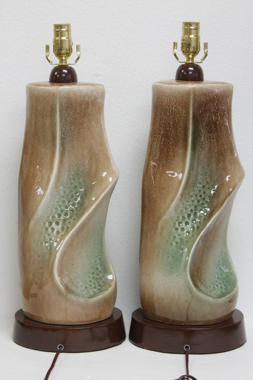 Mid-20th Century Pair of Ceramic Brown and Green Lamps For Sale