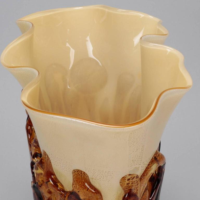 Mid-Century Modern Tall Cream Color Murano Vase Encased in Applied Gold Glass For Sale