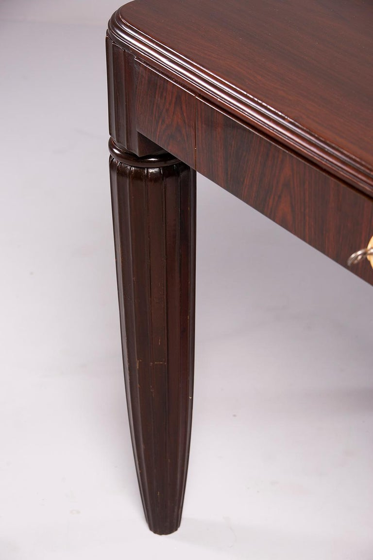 French Rosewood Writing Table with Fluted Legs For Sale 1