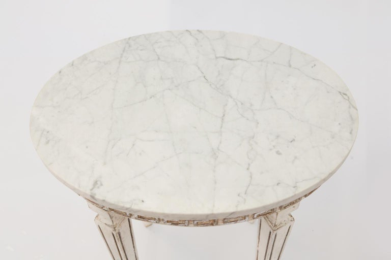 Neoclassical Pair of Marble-Top Italian Accent Tables with Greek Key Apron For Sale