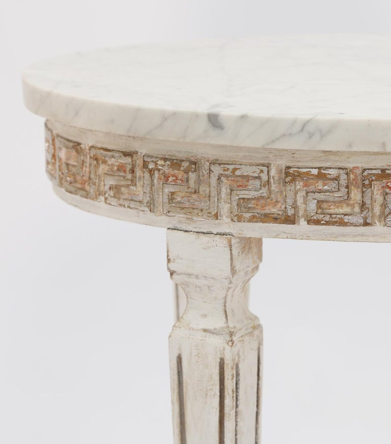 Pair of Marble-Top Italian Accent Tables with Greek Key Apron In Distressed Condition For Sale In West Palm Beach, FL