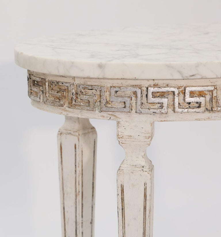 20th Century Pair of Marble-Top Italian Accent Tables with Greek Key Apron For Sale