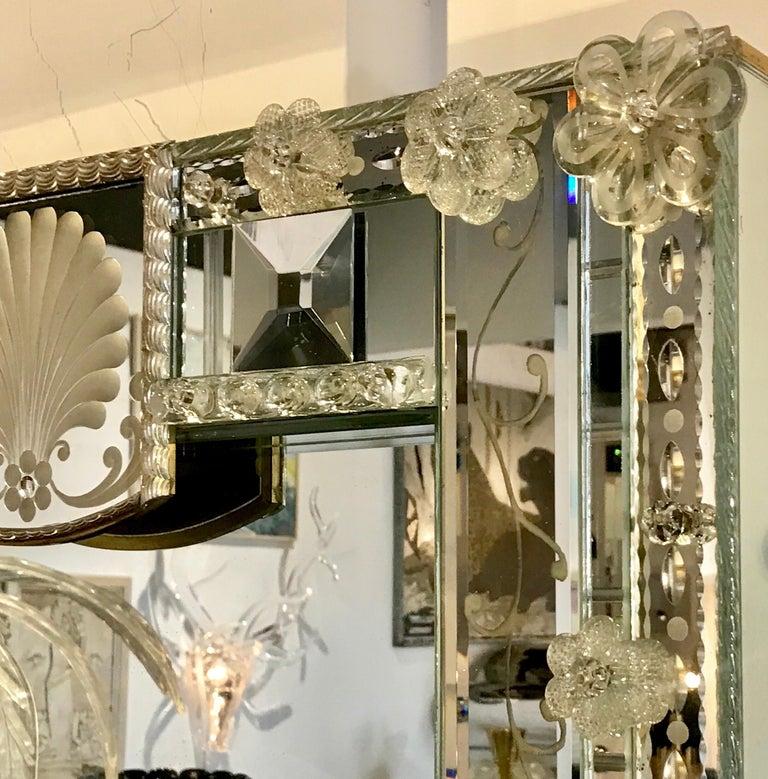 Stunning  Mid-Century Venetian Mirror For Sale 4