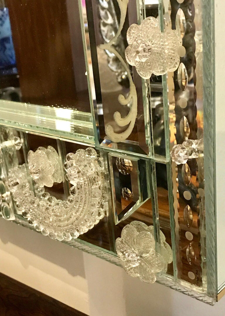 Stunning  Mid-Century Venetian Mirror For Sale 7