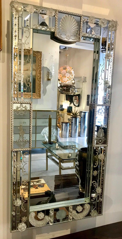 Stunning  Mid-Century Venetian Mirror For Sale 9