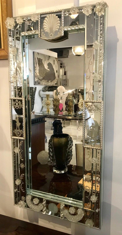 Stunning  Mid-Century Venetian Mirror For Sale 10